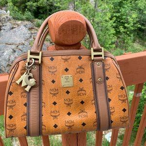 MCM cognac bag(authentic)